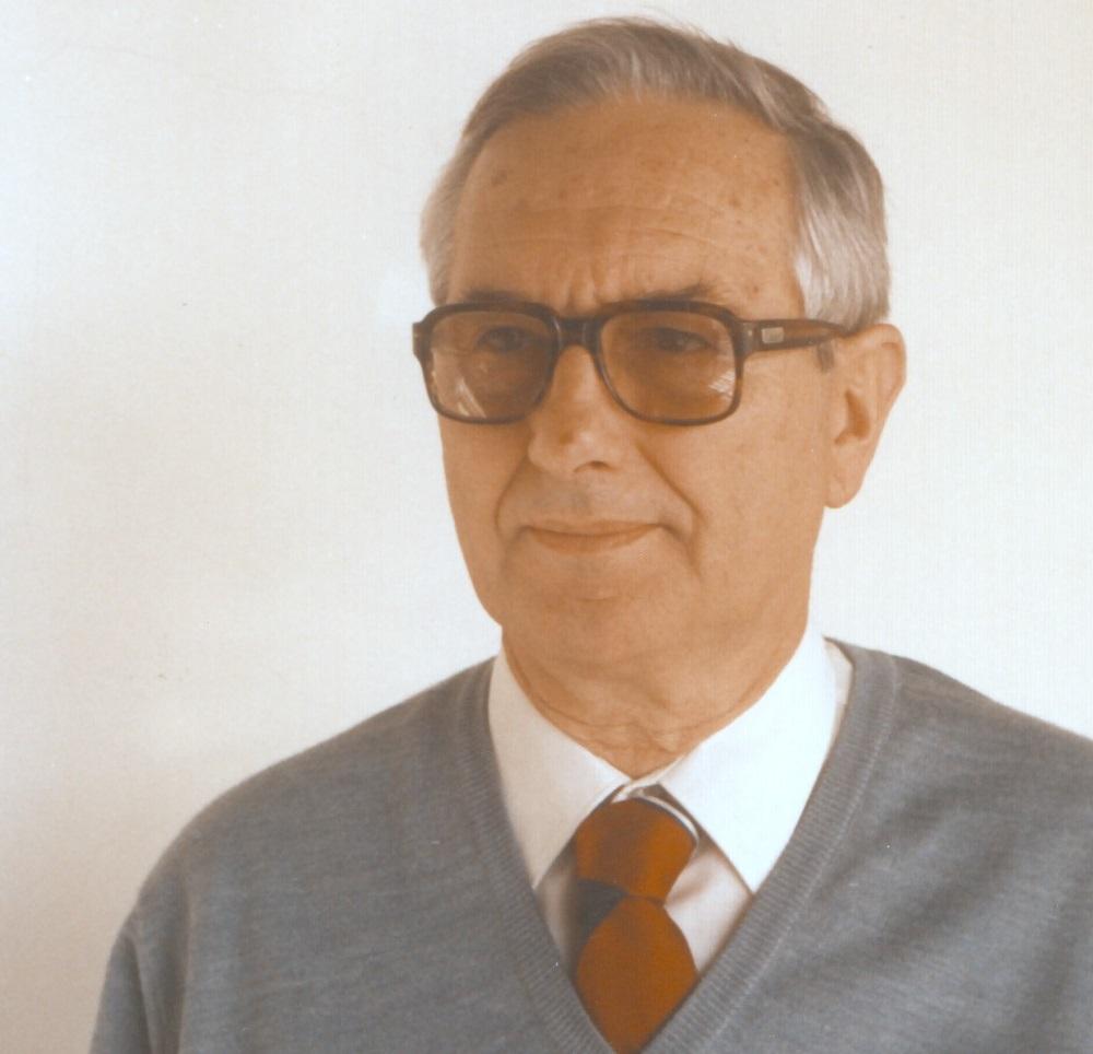 """La CIC lamenta el fallecimiento del Dr. Alejandro Arvía<p class = """"resumen"""">A la edad de 93 años falleció el Dr. Alejandro Jorge Arvía, quien fuera presidente de la CIC entre 1968 y 1973.</p>"""